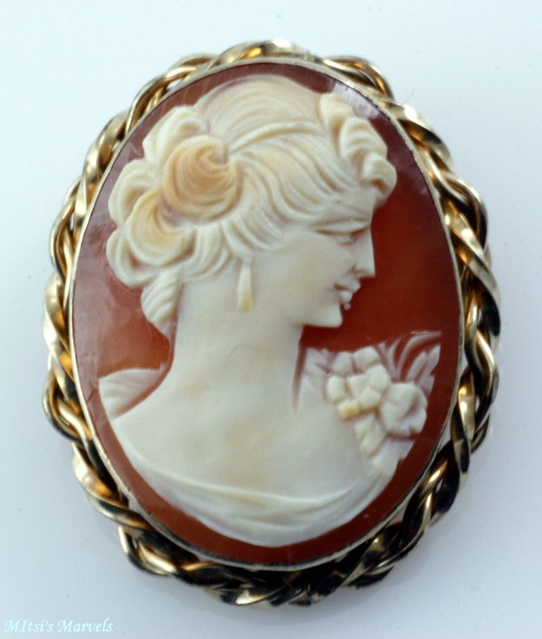 Vintage Shell Cameo Brooch Pendant with Gold Filled Frame Signed Van Dell