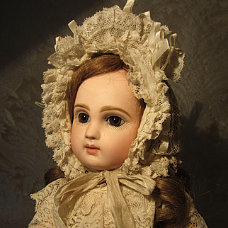 "13"" Tete Jumeau - Brown Eyes - Size 4 - A Lovely Lass"