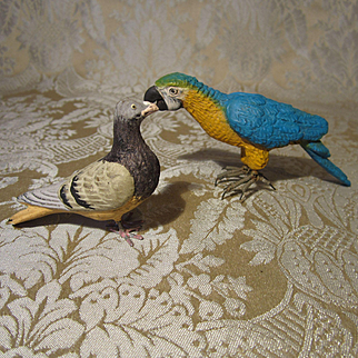 Neapolitan Creche Parrot and Pigeon