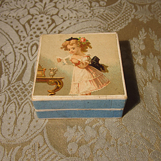 Small Accessory Box With Chromolithograph on Lid and Divided Interior