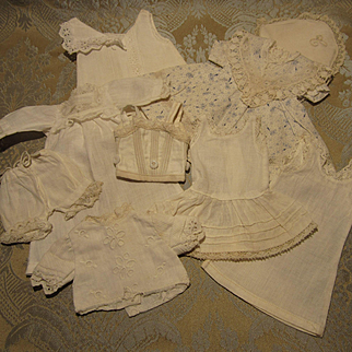 """Extensive Tiny Wardrobe of 9 Items for 10"""" Doll - Bleuette? - Antique French"""