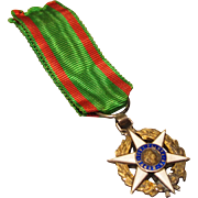 Miniature French Military Medal for Gentleman Soldier Doll