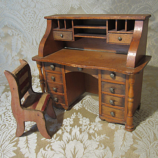 Miniature Dollhouse Size desk and Chair - Fully Functional Drawers