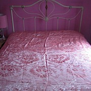 Vintage 1930s floral damask coverlet bed spread 90 X 81