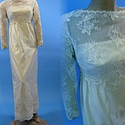 Vintage 60s silk Wedding gown alencon lace 1960s B2523