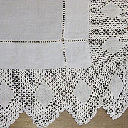 Vintage table runner early 20th C  w lace edge 34 x 25 B2111