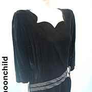 Vintage 50s party evening cocktail dress black velvet w rhinestone trim