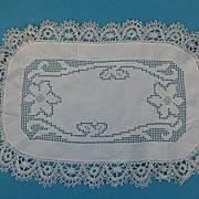 Vintage doily linen w lace handmade 20's
