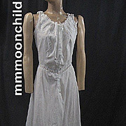 Vintage slip cotton 1920s w floral embroidery