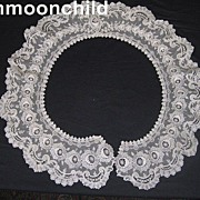 Antique lace bertha collar Schiffli Victorian era