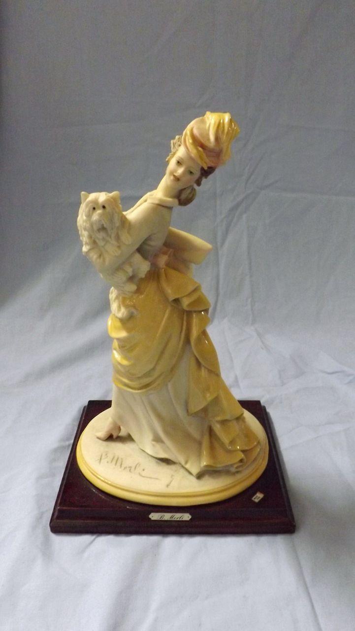 Stunning 'Merli' Capodimonte Figurine