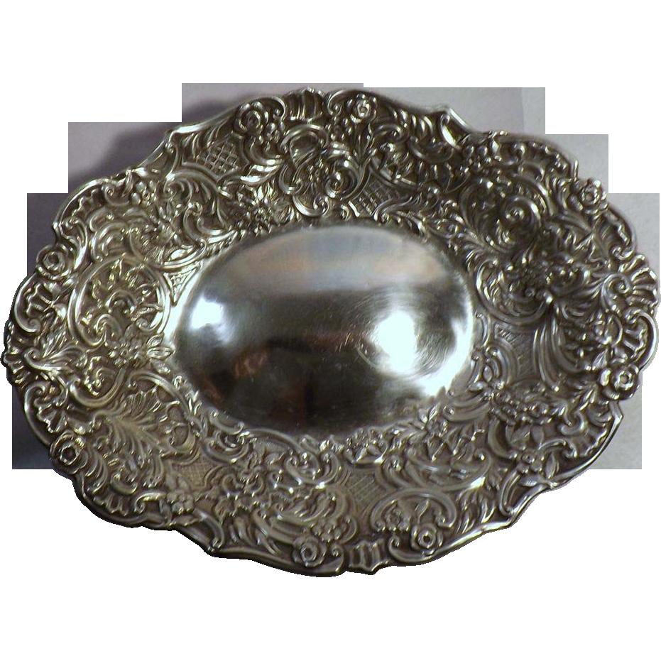 William Comyns Silver Bon Bon Dish in Repouse - 1896
