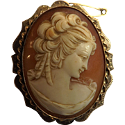 Lovely 9 Carat Gold Cameo Brooch - Circa 1900