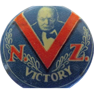 Winston Churchill WW11 Pinback Badge 'NZ VICTORY'