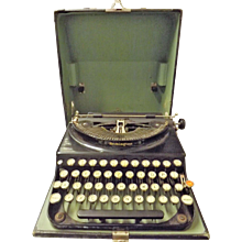 Remington Portable Typewriter Circa 1930 's