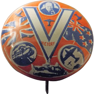 Winston Churchill Victory Tin Badge  WWII - Great Britain & New Zealand