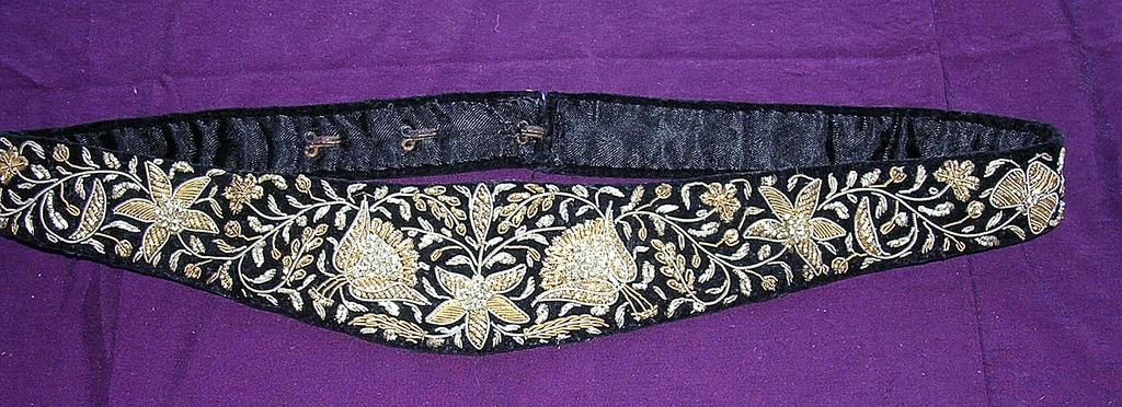 Gorgeous Arts & Crafts Ladies Evening Wear Belt in Velvet with Intricate Silver & Gold Wire Braid worn
