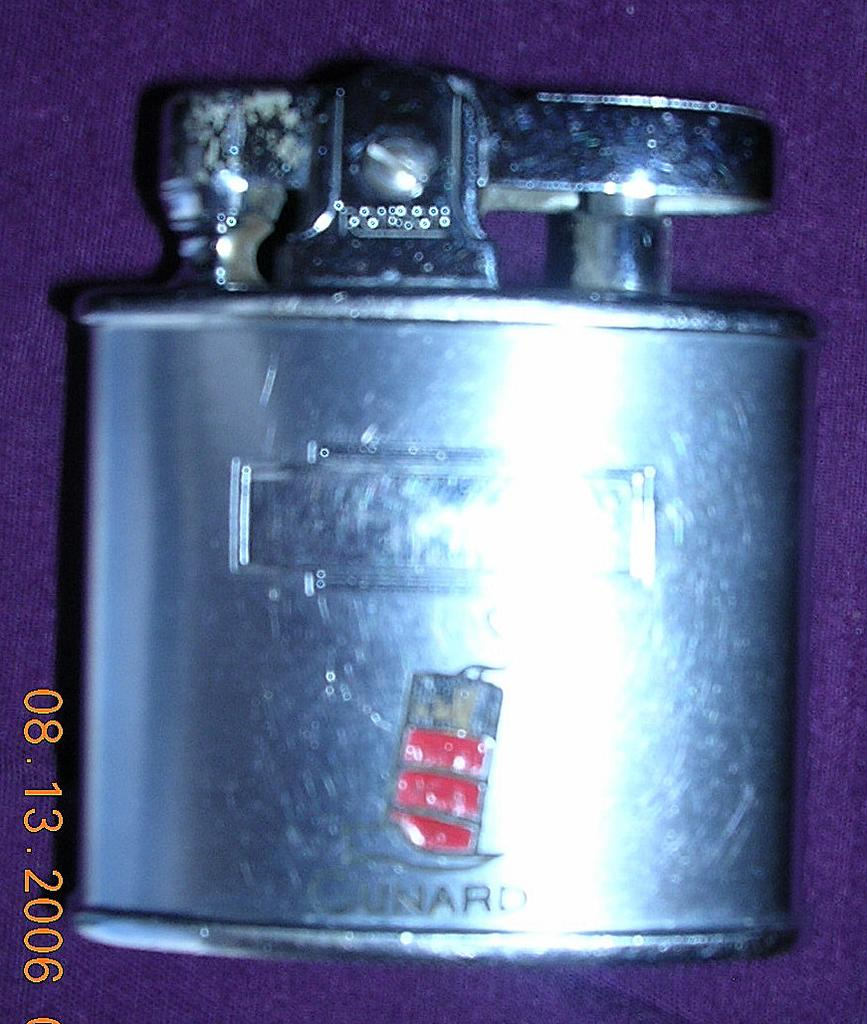 Vintage CUNARD LINE Small Ladies Flint & Wick Lighter Circa 1950's-60's