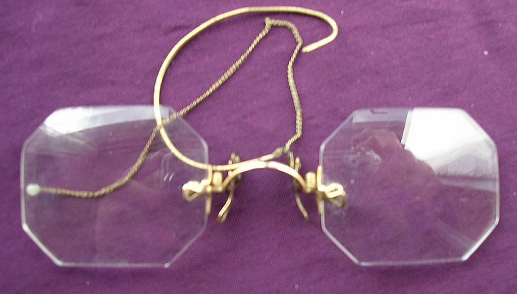 Vintage Square Cut Pinz Nez Spectacles with Case