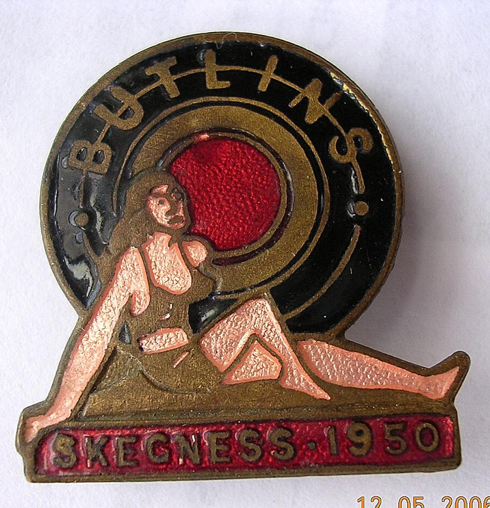 Vintage BUTLINS Holiday Camp Badge Skegness 1950