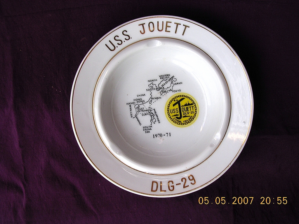 US NAVY Vintage Souvenir Ashtray 'USS JOUETT'