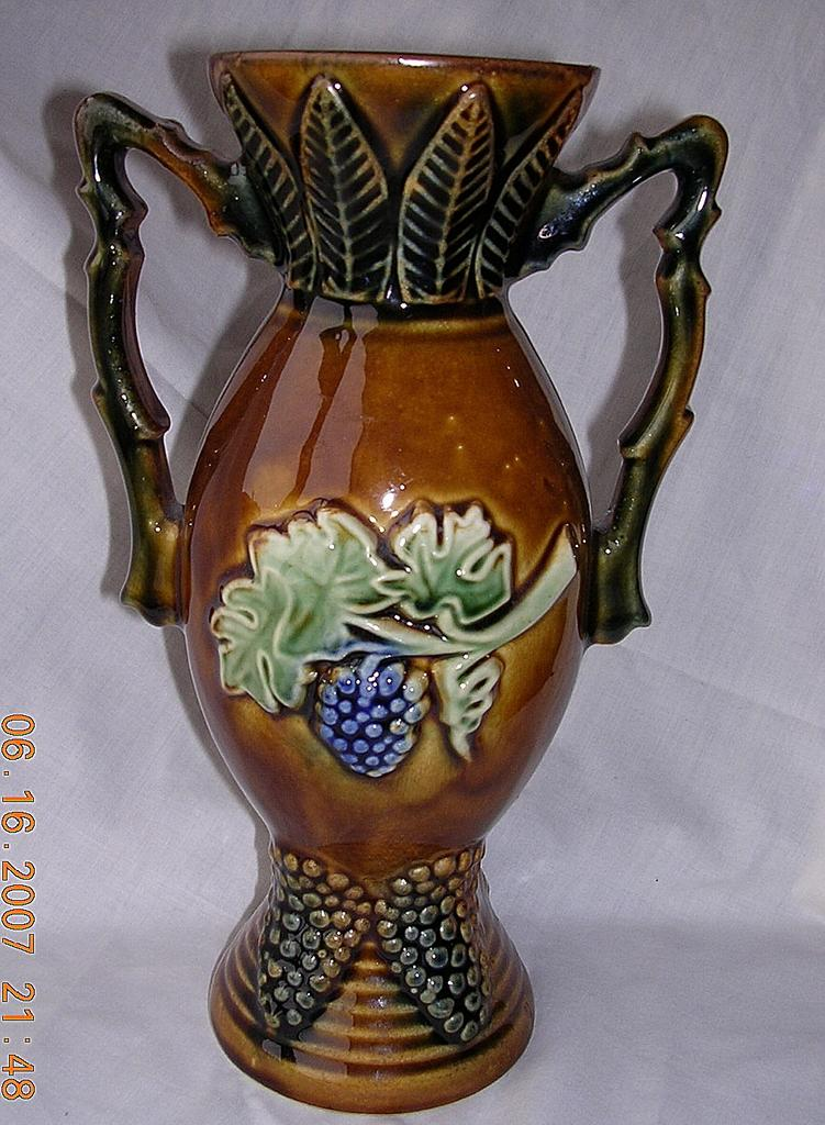 Interior-Decorative Toledo Majolica Vase : Item #100030