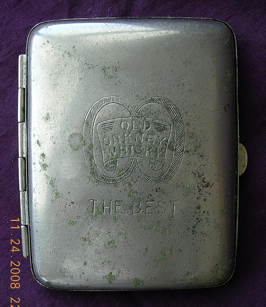 Vintage ORKNEY WHISKY Advertising Cigarette Case