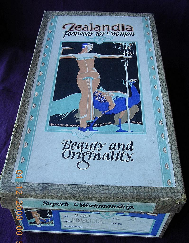 "ZEALANDIA Brand Art Deco Shoe Box 1930's ""Priscilla"""