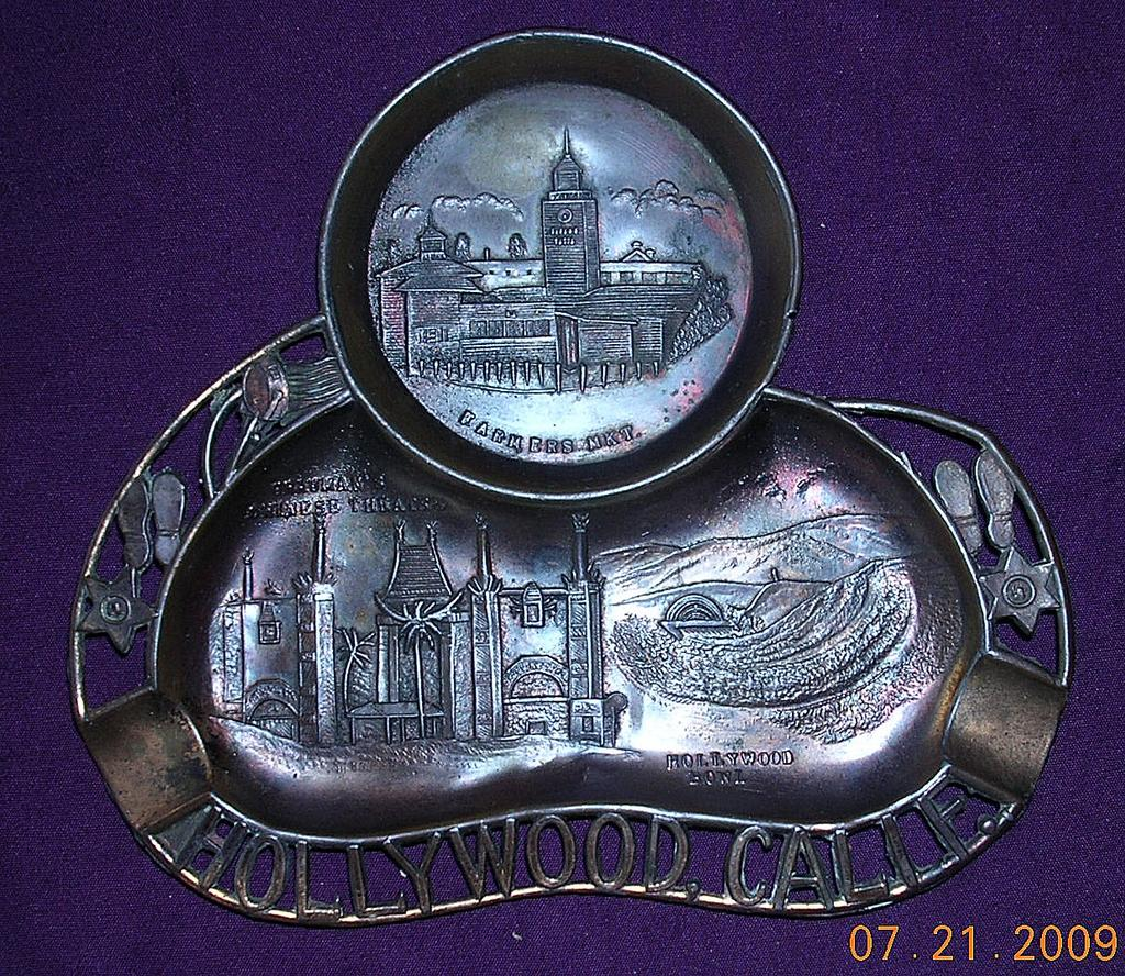 Vintage HOLLYWOOD Souvenir Ashtray