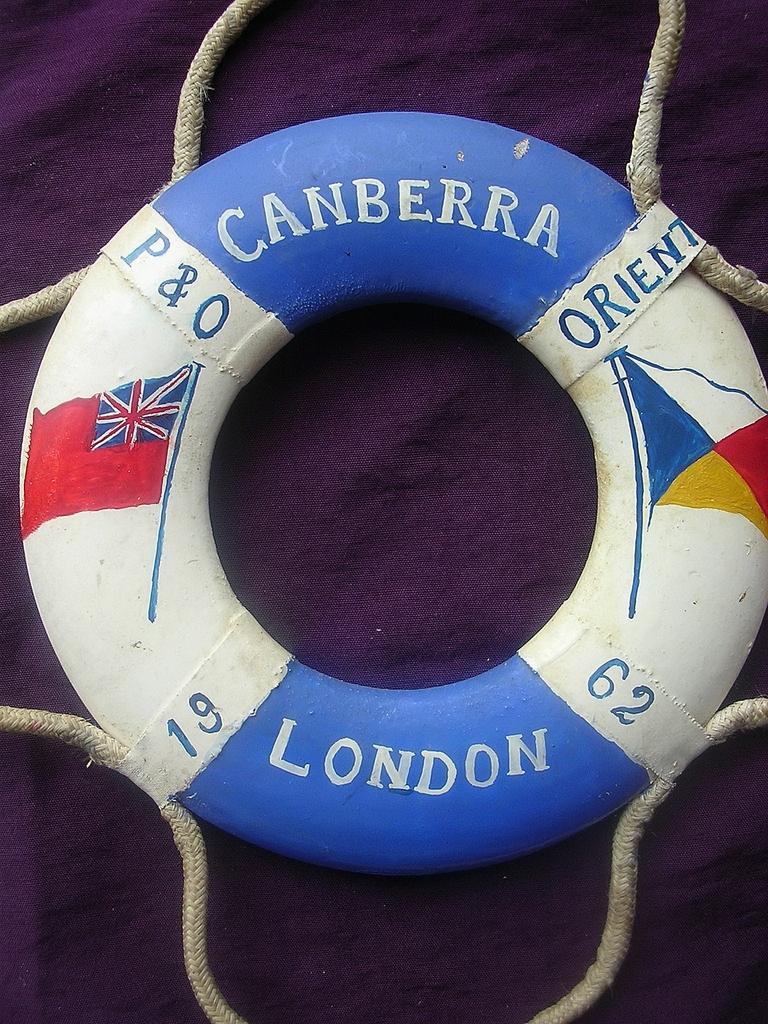 P & O Orient Lines  'Canberra' 1962 Souvenir Miniature Lifebuoy