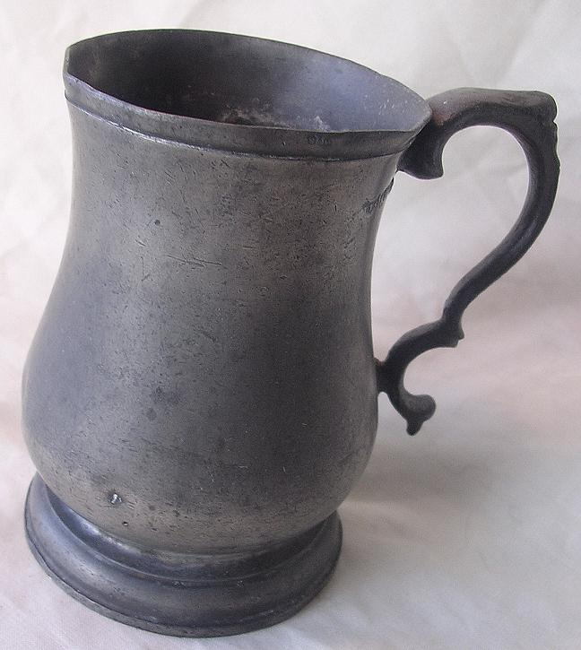 WILLIAM 1V 'TULIP' Half Pint Pewter Tankard Circa 1835