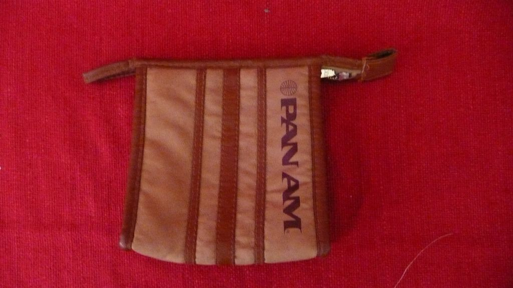 Retro PAN AM Toilet Bag