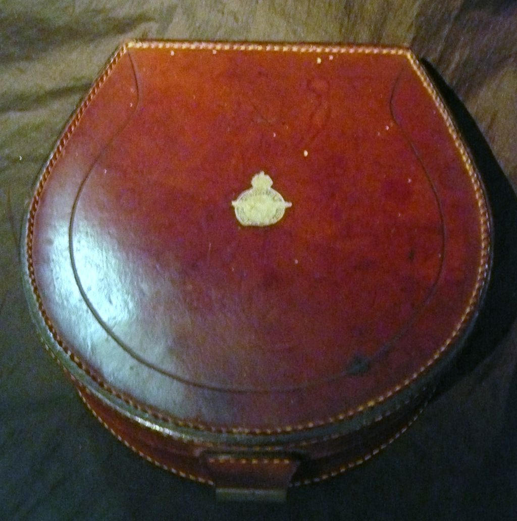 WW1 Era Flying Corps - RAF Collar Box