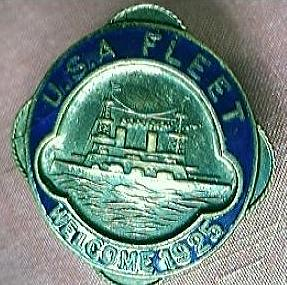 U.S.A  FLEET Welcome 1925 - Enamel & Brass Badge