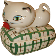 Vintage Hold Howard Cozy Cat Tape Measure Pin Box