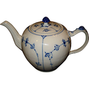Royal Copenhagen Blue Fluted Plain Lace Tea Pot #259