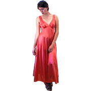 1970s Vanity Fair Salmon Rose Slip Dress Nightie S
