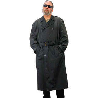 1990s Men's Black Sanyo Luxury Trench Coat XL 42R