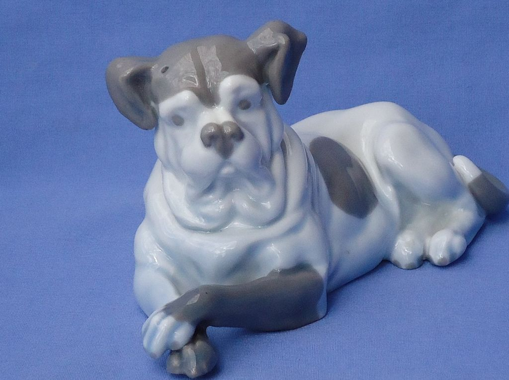 "vintage Bull Mastiff dog Austria 7"""