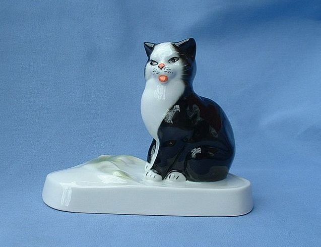 1950s tuxedo cat paperweight Germany 5""