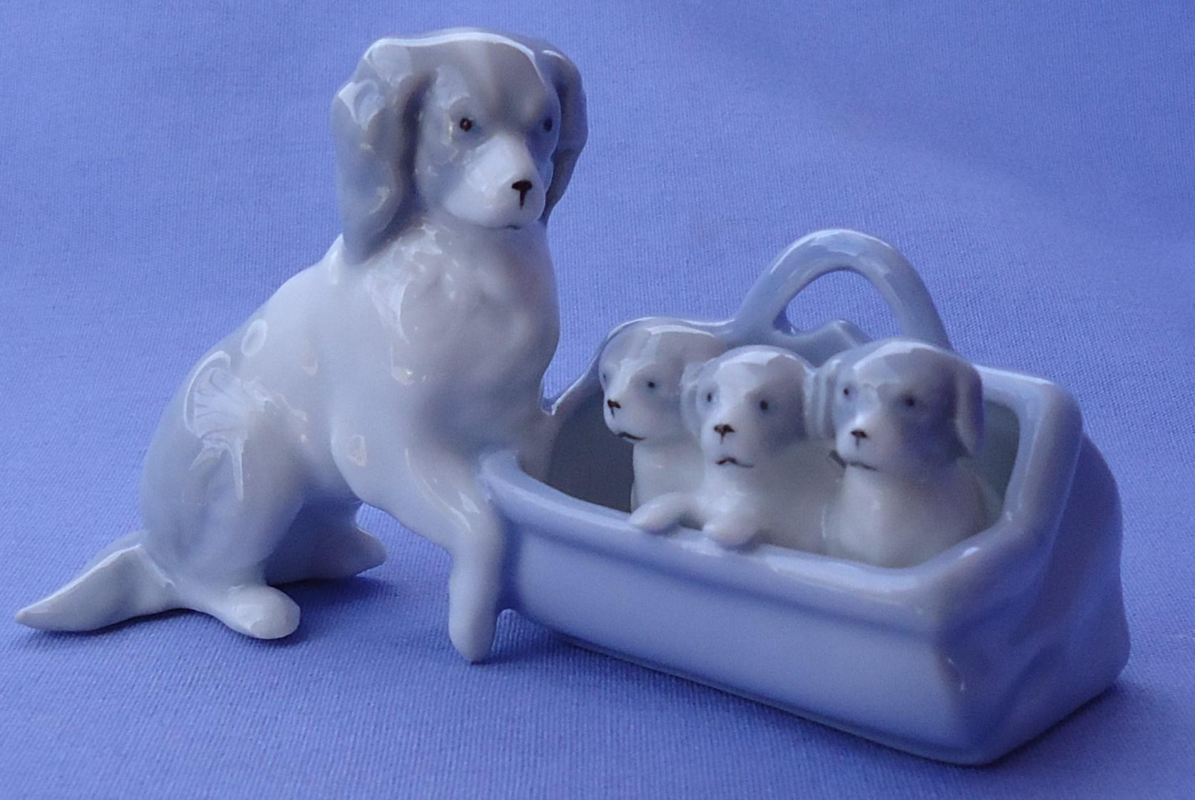 1930 Cavalier King Charles mom pups Germany 4""
