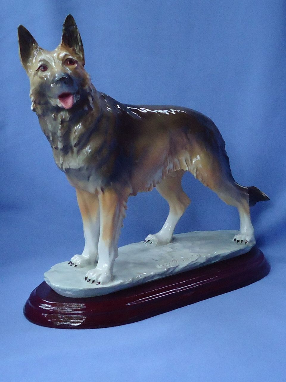 1983 Armani German Shepherd 11""