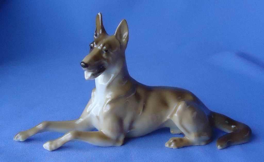 1950s German shepherd Hutschenreuther Germany