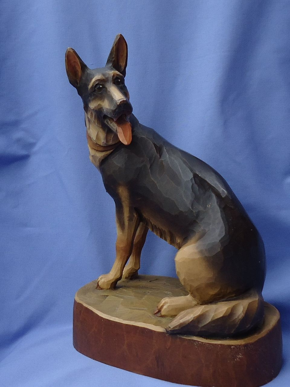 huge vintage carved  wood German Shepherd 12""
