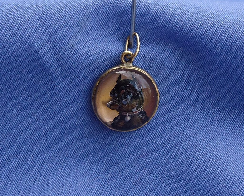 antique Manchester terrier  Essex crystal 14K gold