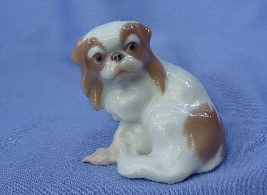 Pekingese dog Bing & Grondahl Denmark