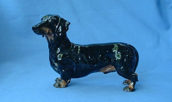 "vintage black/tan Royal Doulton Dachshund 6"" 1128"