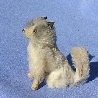 antique Spitz Samoyed sitting  salon dog Fripon terrier French fashion doll Germany 3""