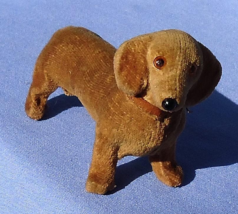 """antique Dachshund velvet salon dog French fashion doll Germany 3"""""""