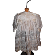 "Delicate Silk Bebe Dress for 19"" to 20"" Bebe"